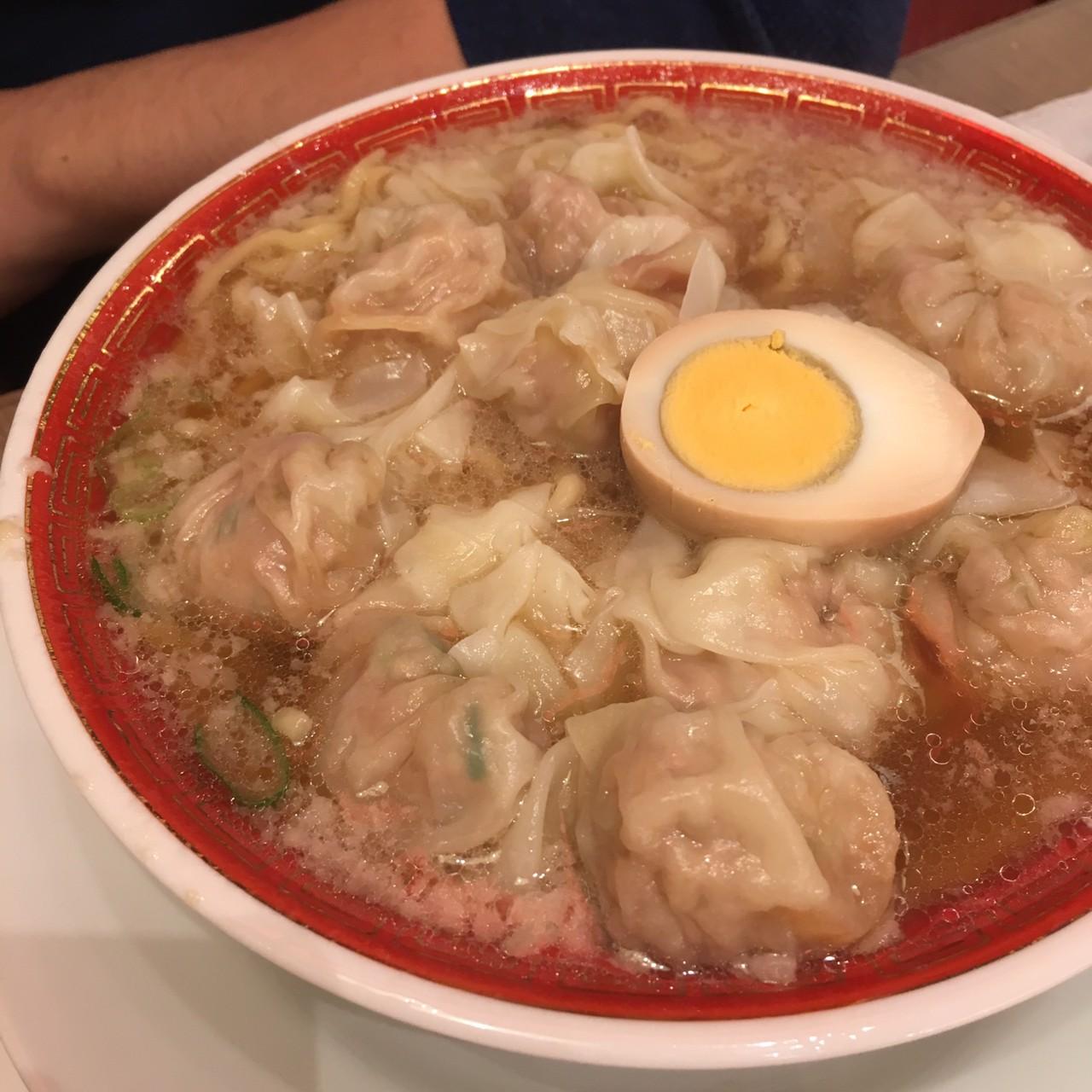 広州市場 田町店 料理 ワンタン麺